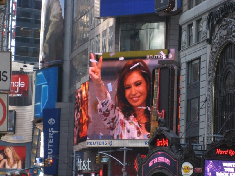 Cristina Kirchner en Times Square - Marzo de 2008